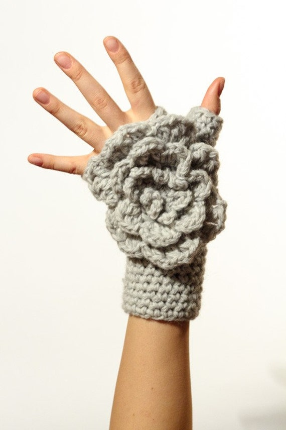 CROCHET PATTERN instant download - Winter Waterfall Gloves - grey fingerless hand warmers big flower tutorial PDF