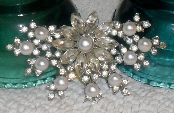 RESERVED --Breathtaking Antique 1930s Rhinestone and FRESHWATER (Grade AAA) Pearl Brooch -----large