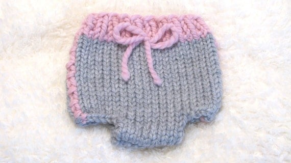 Sporty Diaper Cover Knitting Pattern - Small, Medium and Large