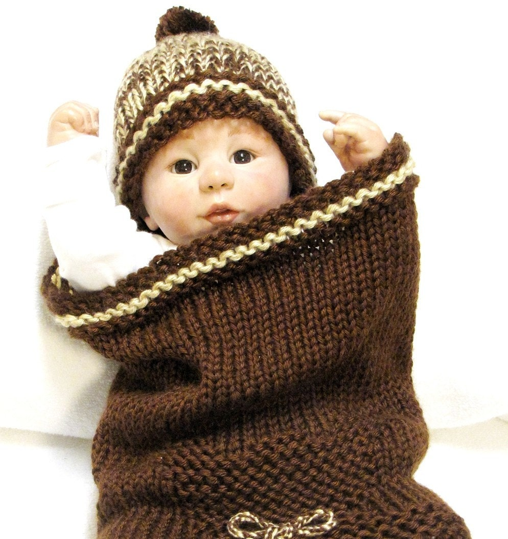 Knitting Patterns For Baby Cocoon Free : TEDDY BEAR Baby Cocoon Knitting Pattern & Beanie Free Pod