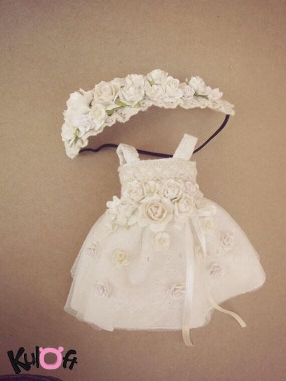 Flowers dress White tone