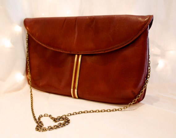 Beautiful 1970s Burgundy and Gold Vintage Clutch / Purse - Letisse - Great Condition