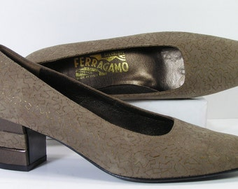 salvatore ferragamo pumps shoes womens 7 AA olive gold suede heels leather narrow width