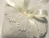 Lavender Sachet Heart with Cream Lace & Ribbon