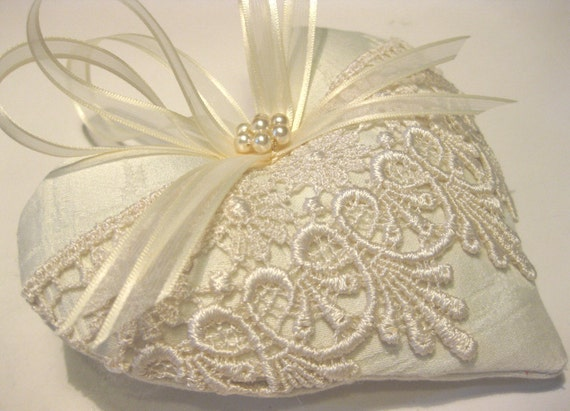 Items Similar To Victorian Lavender Sachet Heart With