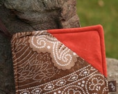 Pot holder in Safari colors quilted and eco friendly