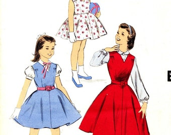 1950s Size 6 Advance 8186 Girls Dress Jumper and Blouse Breast 24 c 1957