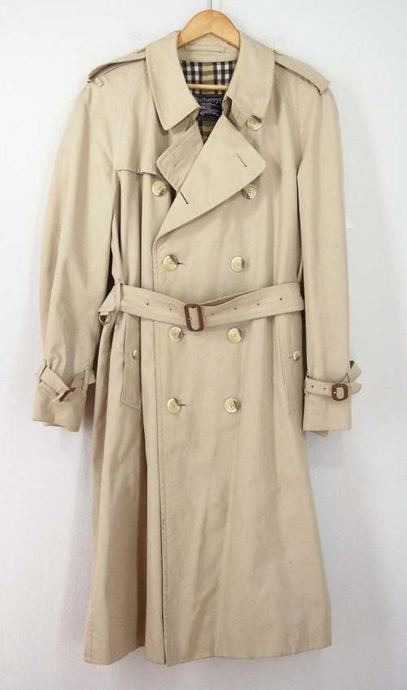 Classic Trench Coats. invalid category id. Classic Trench Coats. Showing 26 of 26 results that match your query. Search Product Result. Product - Viking J-L Rain Jacket Detachable Hood, Yellow, L. Product - Circle S Coat Mens Houston Micro Suede Versatile Sports CC Product Image. Price $ Product Title.