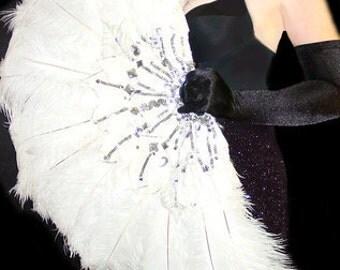 White Ostrich FEATHER Dance FAN Las Vegas Showgirl BURLESQUE