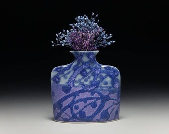 Small porcelain slab flower vase = item #01-V7