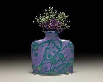 Small porcelain slab flower vase = item #01-V1