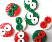 Button Christmas Doodles polymer clay buttons ( 8 )