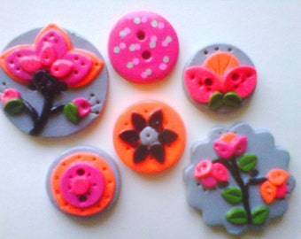 Button Bright Flowers on Gray polymer clay buttons  ( 6 )