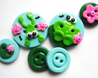 Button Frogs On The Pond   polymer clay buttons   ( 6 )