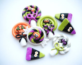 Button Creepy Halloween Candy handmade polymer clay buttons ( 8 )