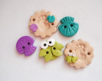 Button Sandy Footprints handmade polymer clay buttons ( 5 )