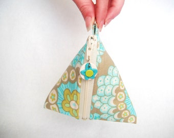 Wedge Dumpling Triangle Cotton Zipper Coin Pouch with matching polymer clay zipper pull