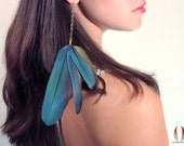 Blue solo feather earring, long parrot feather earring - Blue Trinity