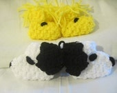 A Dog and His Best Friend (Snoopy and Woodstock) Crocheted Character  Baby Booties, slippers Newborn Size