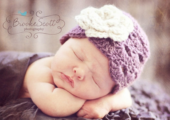 Girl Crochet Hat, Newborn Girl Hat, Baby Girl Hat, Newborn Photography Prop, Baby Beanie, Baby Girl Beanie, Purple and Oatmeal Hat