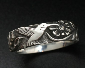 HUMMINGBIRD BAND in Sterling Silver - Fine Detailed Carving
