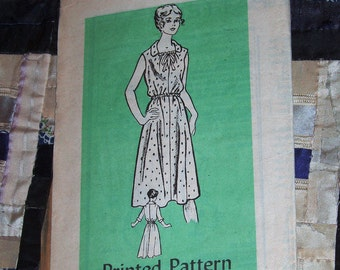 1979 Anne Adams Pattern 4554 Women's Dress Size 12.5