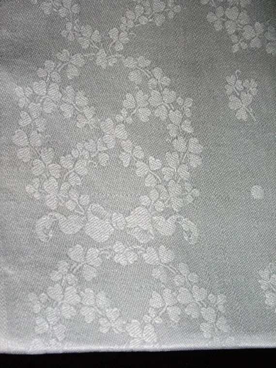 """Set of 6 Vintage Pretty White Linen Damask Napkins Clover with Ribbons Design 20 1/2"""" x 21"""""""