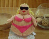 K4BN - Beautiful Buxom Beach Babe Tea Cosy