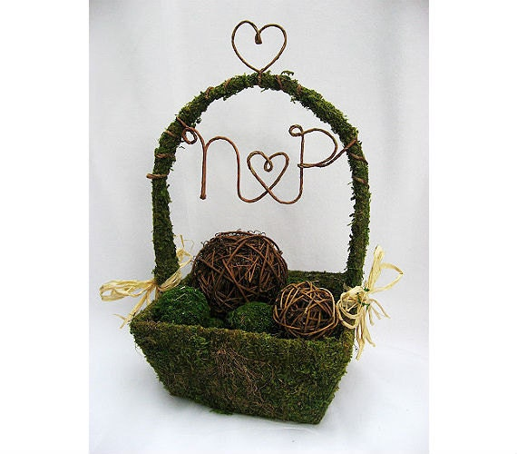 SMALL Square Personalized Moss Flower Girl Basket - Perfect for Wedding Decoration, Woodland Wedding, Rustic Wedding