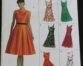 VOGUE  EASY OPTIONS  v8020 Dress Pattern / Size 6-8-10 / New Unopened