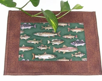 Quilted FISH CAMP Snack Mat, Candle Mat, Mug Rug in green and brown