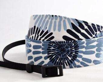 Camera Strap - Blue Daisy - for SLR or dSLR Cameras - Pretty Camera Strap - Camera Neck Strap - Unique Christmas Present