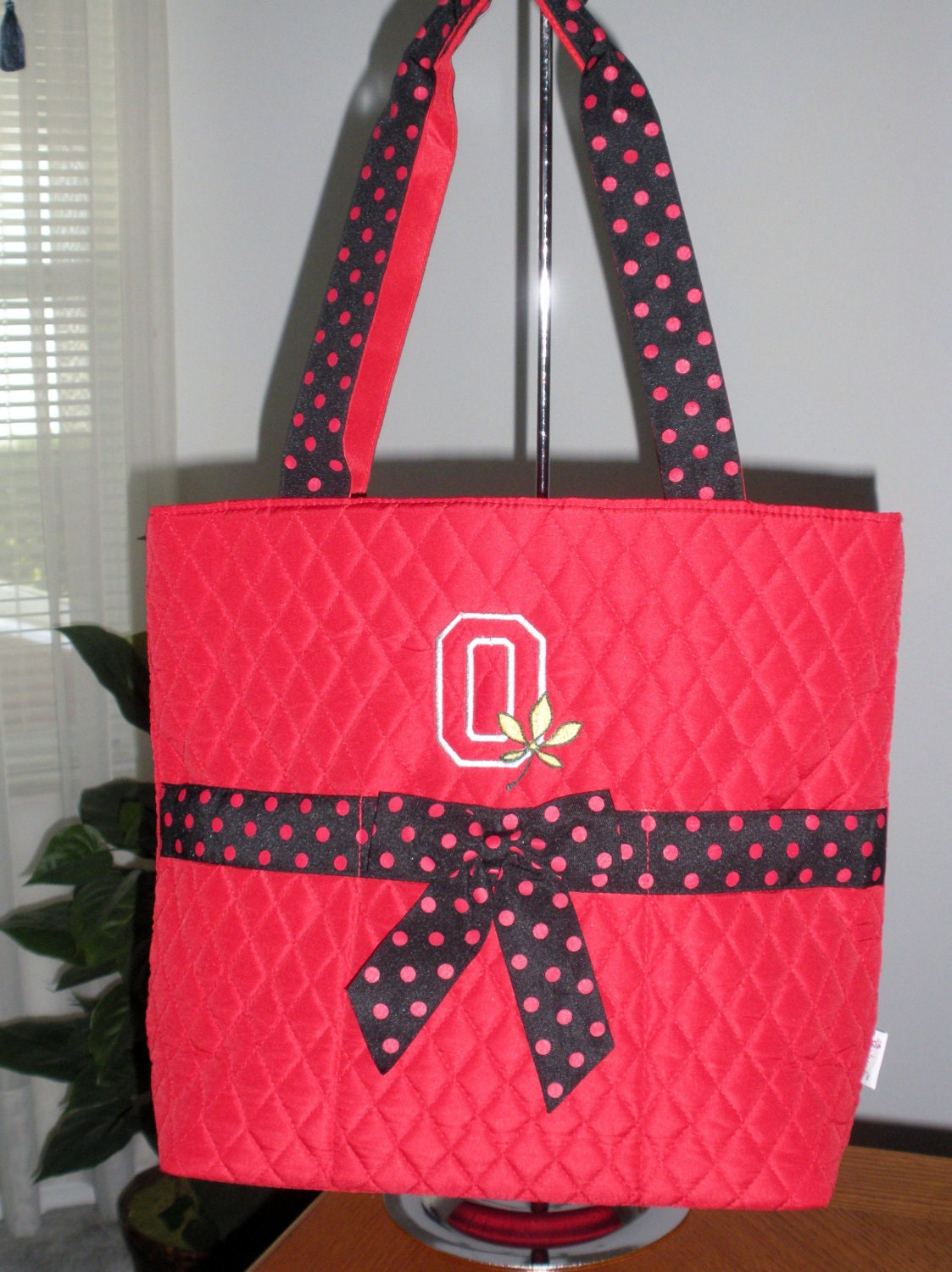 quilted red and black diaper bag tote with free by designsbyu. Black Bedroom Furniture Sets. Home Design Ideas