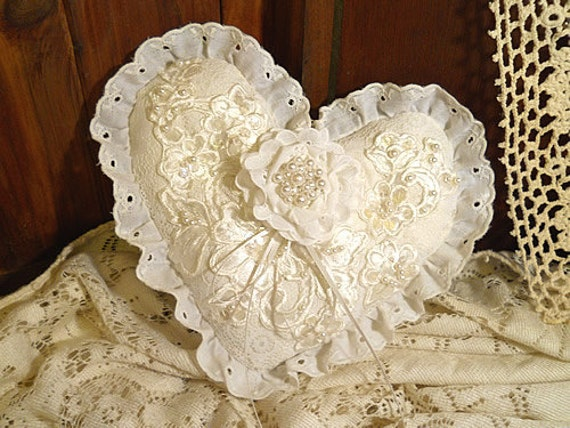 Victorian Shaped Pillows : Victorian Heart Shaped Vintage Ring Bearer by RusticSweethearts