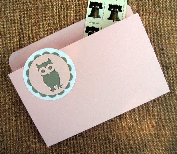 Refrigerator Folder Magnet in Pink and Gray with Hoot Owl for Recipes, Coupons and Photos