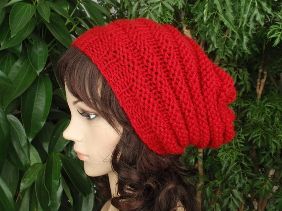 """SALE hat""""//////Hand Knit skullcap in Red"""