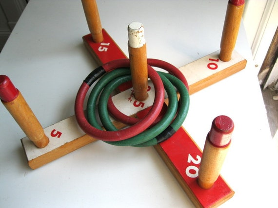 Vintage Sportcraft Ring Toss Game