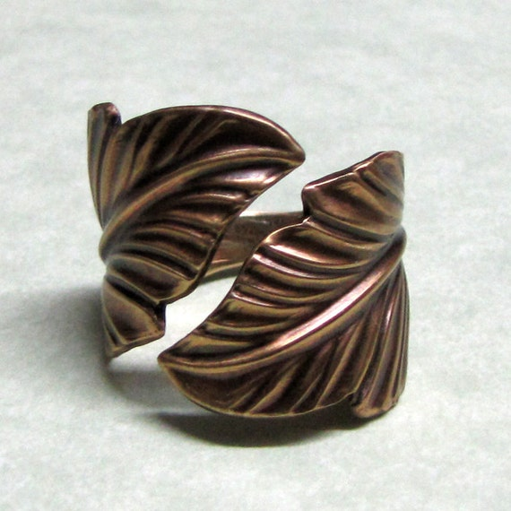 Forest Band Leaf Ring