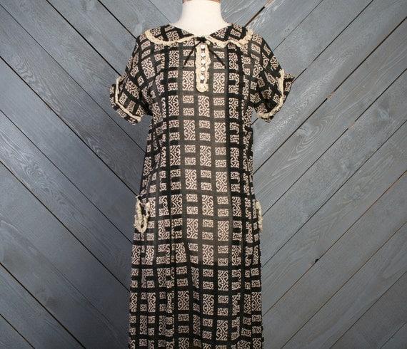 1920s -30s Cotton DRESS / DECO Print Lace Details, m