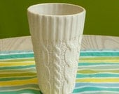 Cable knit ceramic tall cup - Ivory Glazed edge