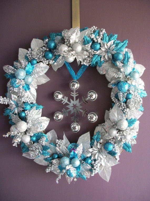 Sparkling Blue And Silver Wreath