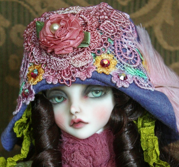 Pretty Felt Flapper Style Hat With Hand Dyed Lace For Ball Jointed Dolls