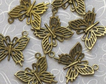 10 Butterfly Charms Antique Bronze Tone 3D - BC008