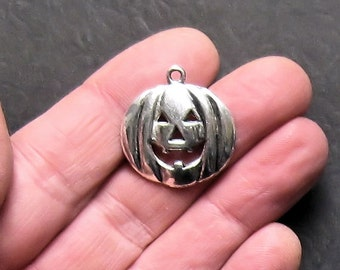 5 Large Pumpkin Halloween Charms Antique  Silver Tone - SC725