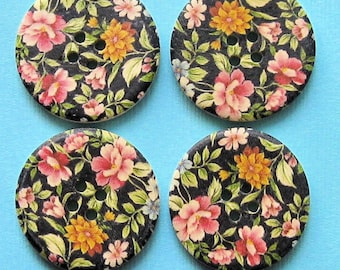 6 Large Wood Buttons Floral Designs 30mm BUT62