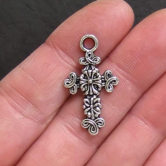 5 Cross Charms Antique  Silver Tone Beautiful Detail - SC149