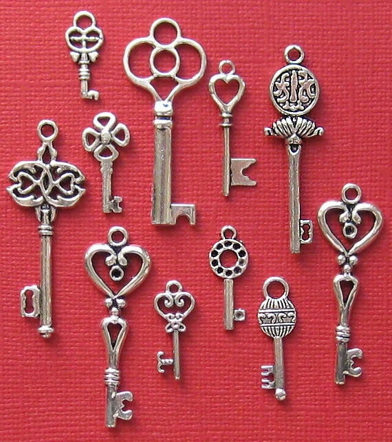 key charm collection antique silver tone 11 different charms