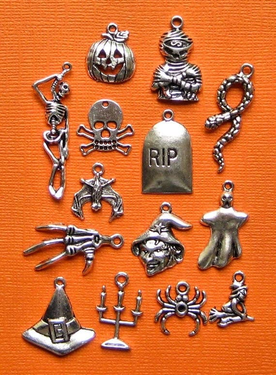 Ultimate Halloween Charm Collection Antique  Silver Tone 14 Awesome Charms - COL088