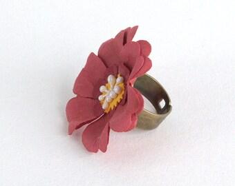 Happy Dark Pink Flower Ring
