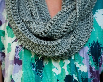 Soft Winter Grey crochted cowl scarf